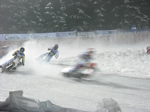 wyścigi motocyklowe na lodzie-Ice Racing-Sanok 2010 #SportMotorowy #sport #zima #lód