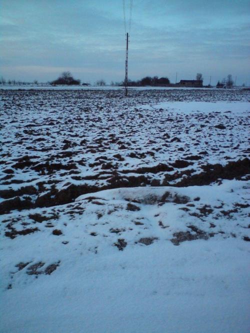 """Chorzęcin Skrzyżowanie - pętla za stodołą.. taki pomysł na sfocenie """"drutów"""".. ;-) #Chorzęcin"""