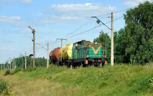 Przetycz | SM42-2529 z pociągiem zdawczym z Ostrołęki do bazy paliw w Emiljanowie. #SM42 #stonka #Lotos #Przetycz #zdawka #spalinowa #lokomotywa #towarowy #kolej #rail