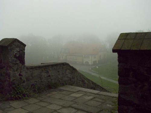 Dom Turysty PTTK #Ślęża #schronisko #DomTurysty #PTTK #mgła