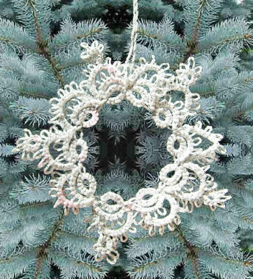 biało srebrna gwiazdka frywolitkowa
