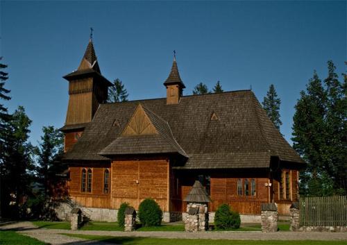 Kosciol pw. Sw. Kazimierza w Koscielisku... Wspomnienia z Tatr:) #evasaltarski #gory #koscielisko #kosciol #tatry