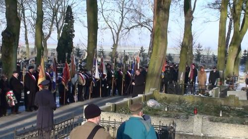 2 styczeń 2009 na strzeleńskiej nekropoli.