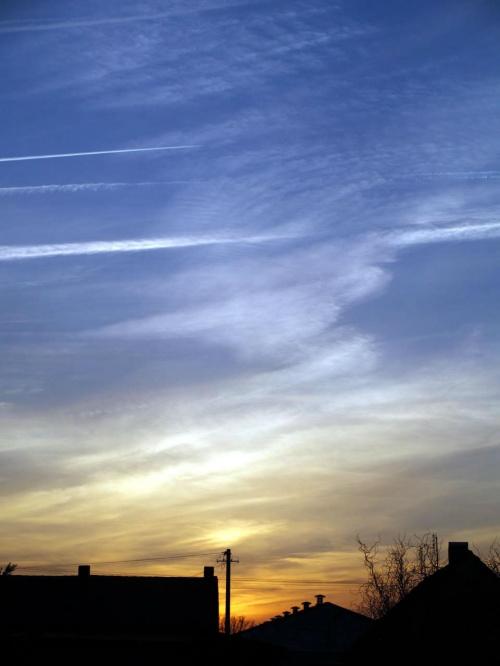 niebo... #błękit #chmury #niebo #ZachódSłońca