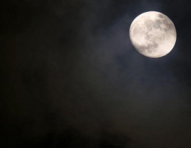 Księżyc #księżyc #niebo #noc #pełnia #olympus